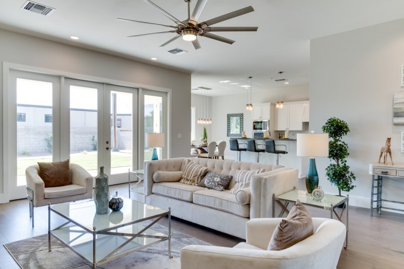 Nicely staged new home in central  Phoenix.