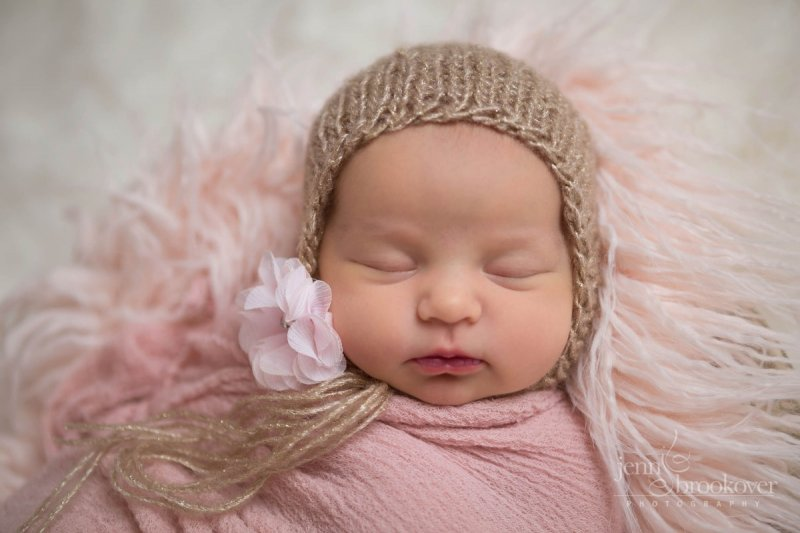 newborn girl portrait at home in San Antonio, Texas